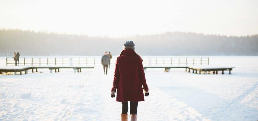 how to prevent dry skin in the winter