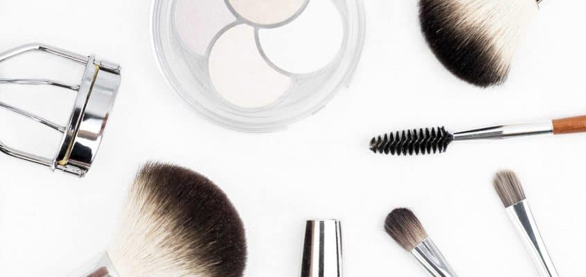 Top Makeup Mistakes to Avoid