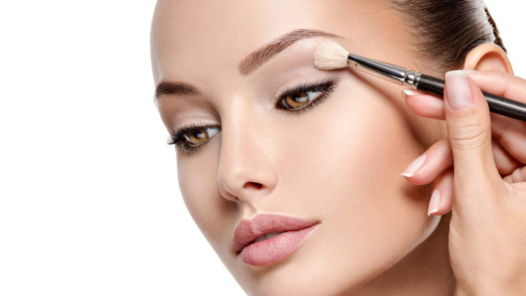 Makeup-Tips-and-Tricks-For-Beginners--Guide-to-Quick-Easy-Makeup