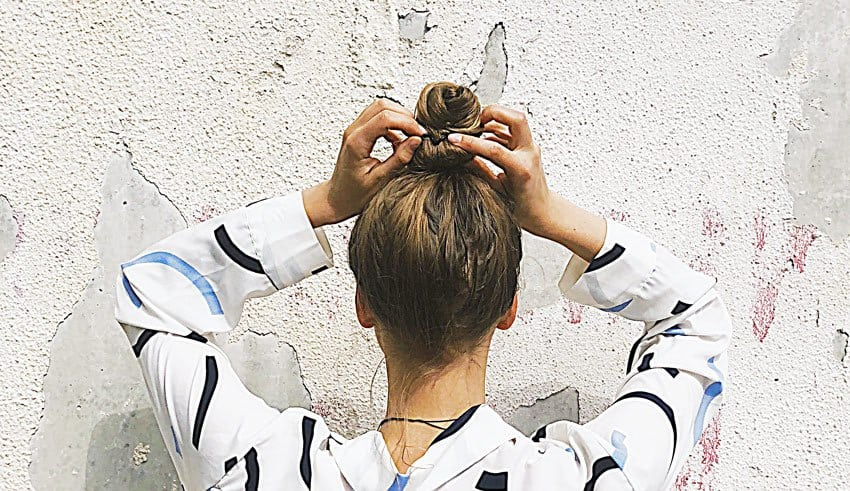 20-Pony-Hairstyle-Ideas-&-Inspiration-For-Every-Occasion