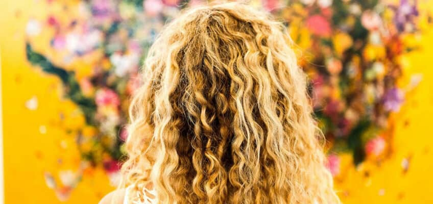 9-Tip-On-How-To-Manage-Curly-Hair
