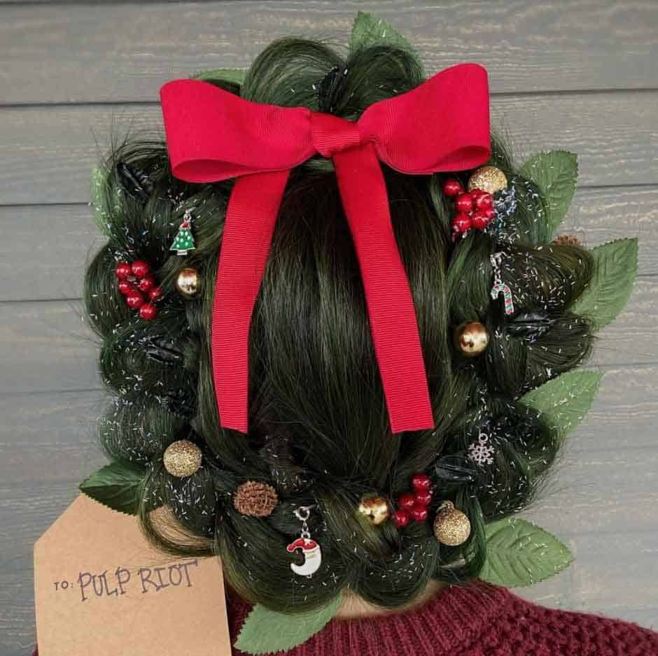 Christmas Wreath hair idea