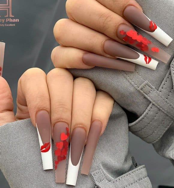 Elegant Grey Love Nails