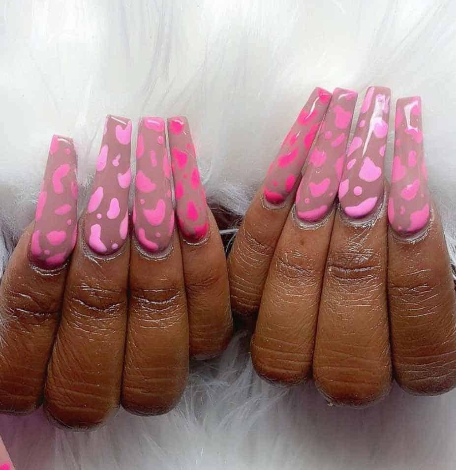 Strawberry Milk Nails