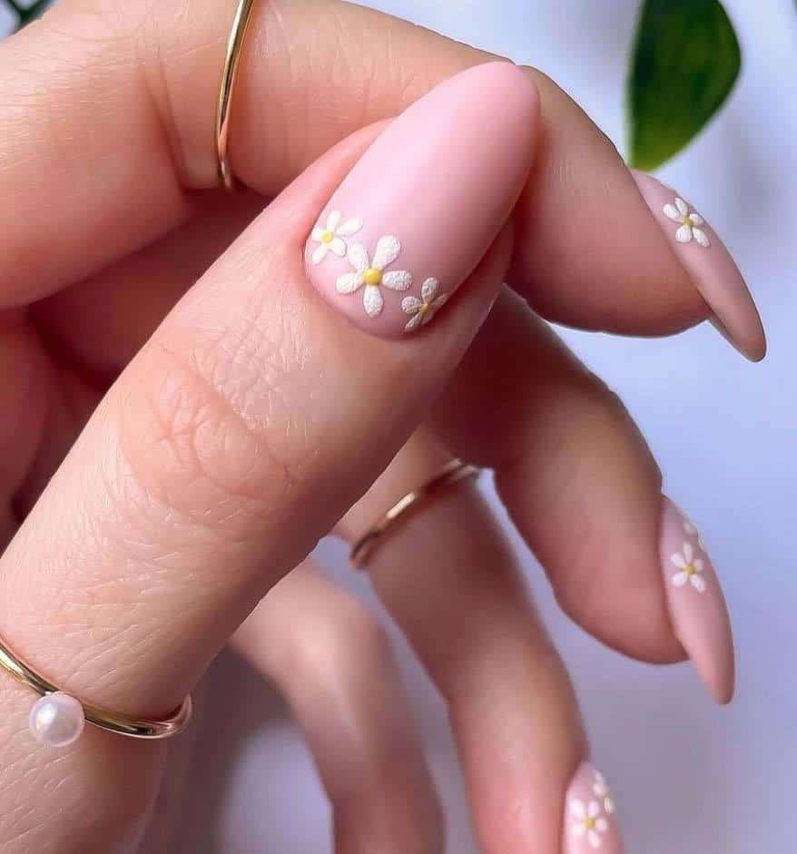 Pink Daisy Nails