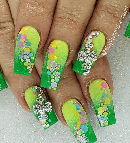 green spring nails