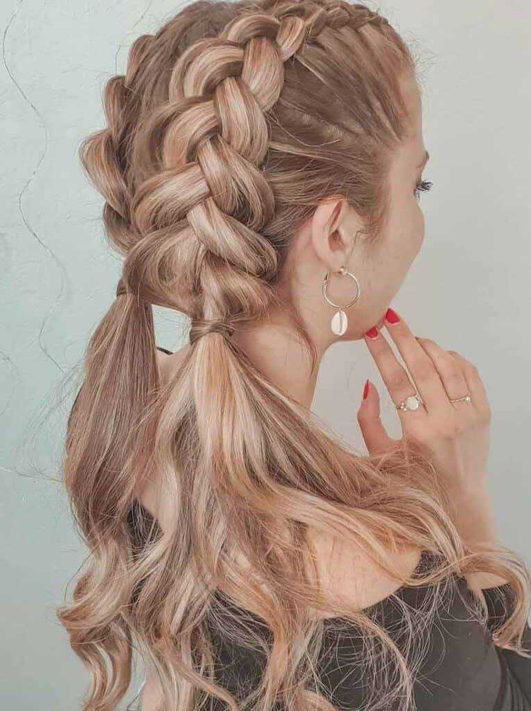 Inside-out pigtail braids