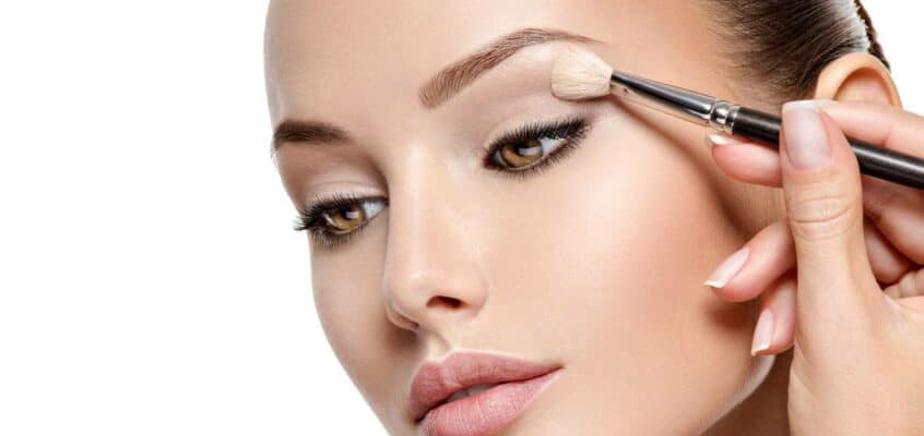 Apply Your Eyeshadow Like A Pro With These 10 Easy Tips & Tricks