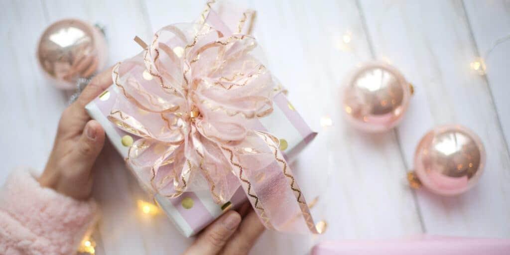 16-Best-Beauty-Gift-Sets-For-Women