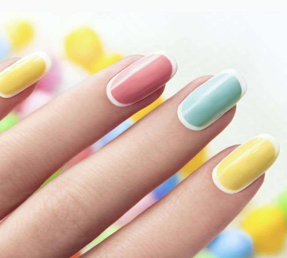 Fully Outlined Pastel Nails