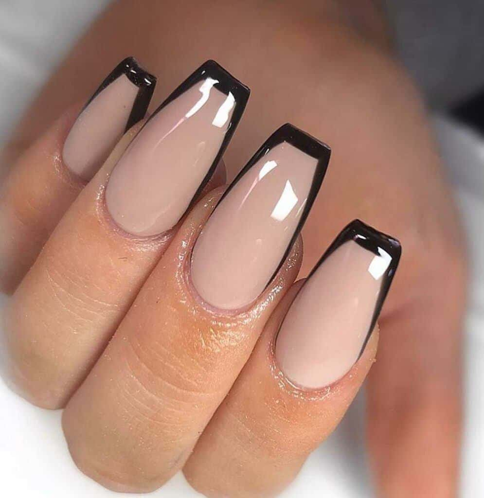 Semi-outlined French Nails