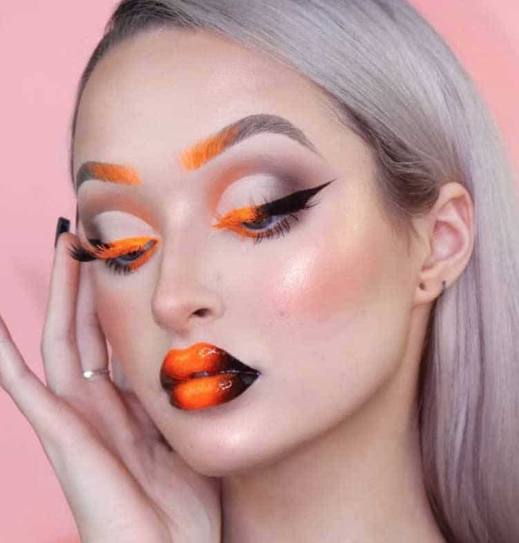 4. Gradient Everything colorful eye makeup